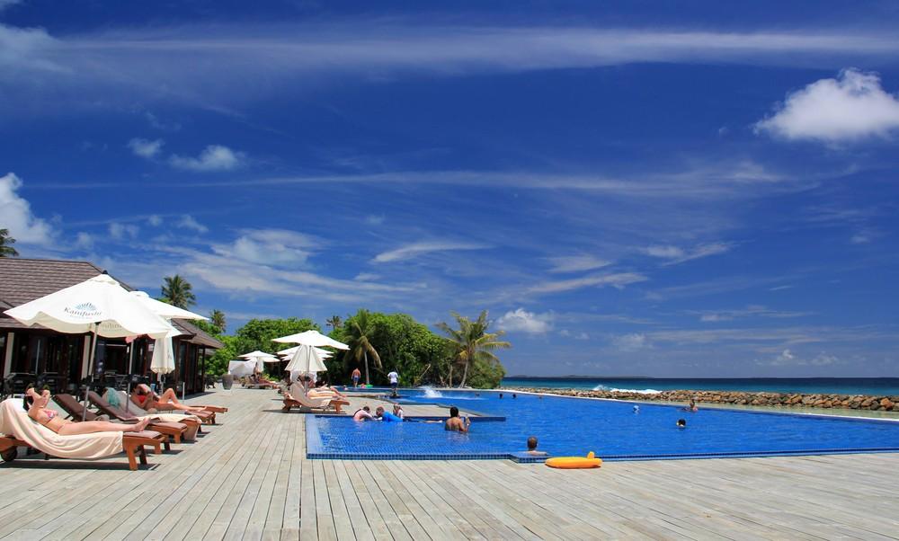 Längster Infinitypool der Malediven
