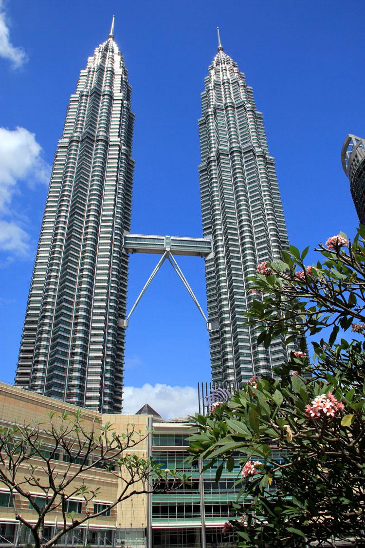 KL_Petronas
