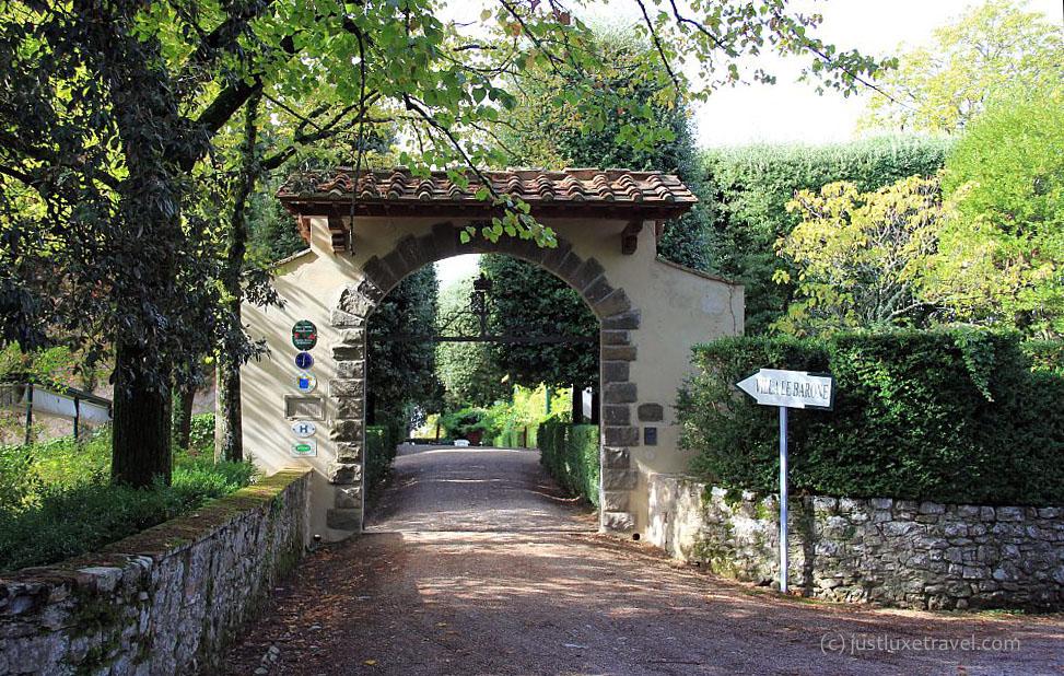 Villa_LeBarone_Zufahrt