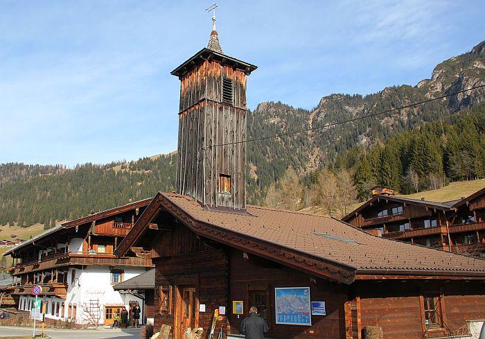 Alpachtal Dorf Holzhaus