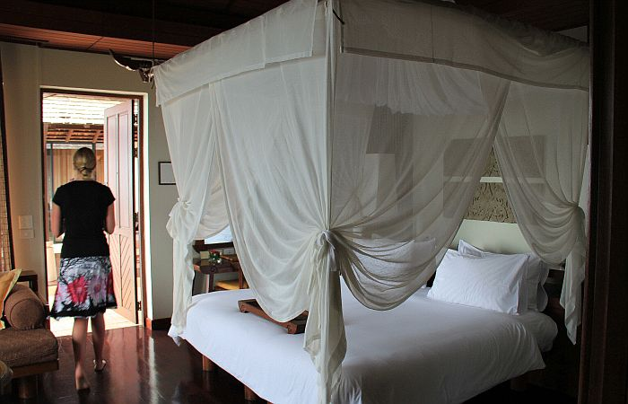 Pimalai Koh Lanta Thailand Poolvilla Schlafzimmer