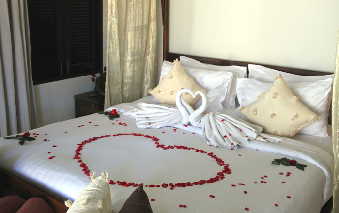 Saree_Samui_Tropical_Villa_Schlafzimmer