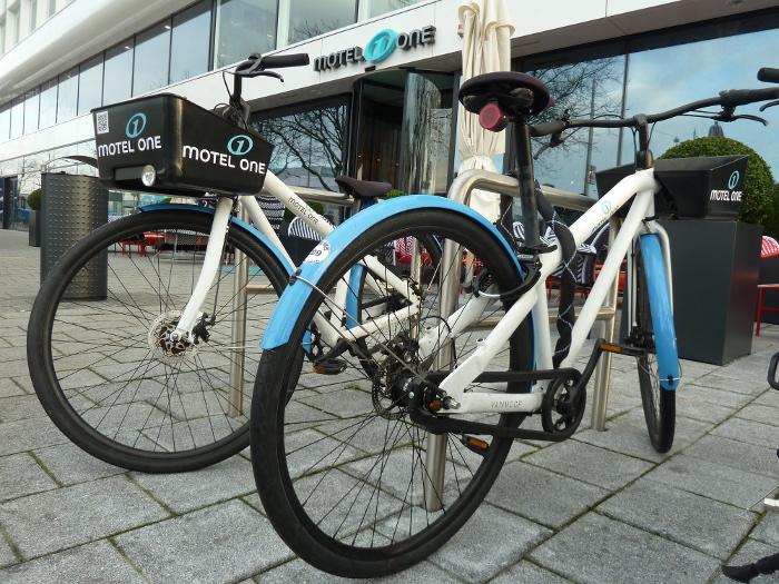 7 Motel One Fahrräder_AndreaBonder