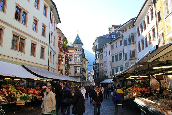 Bozen Bolzano Spezialitäten Markt