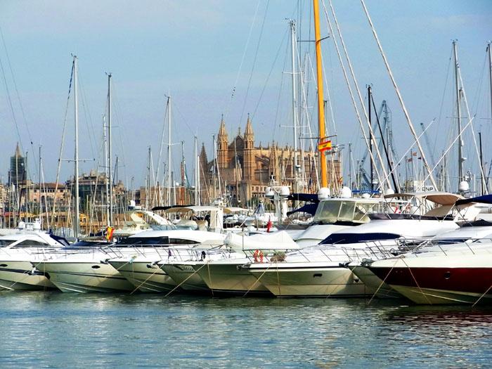 Palma_Hafen und Kathedrale