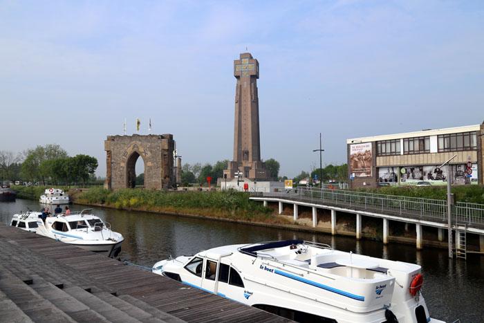 Hausboot Leboat Flandern Belgien Diksmuide2