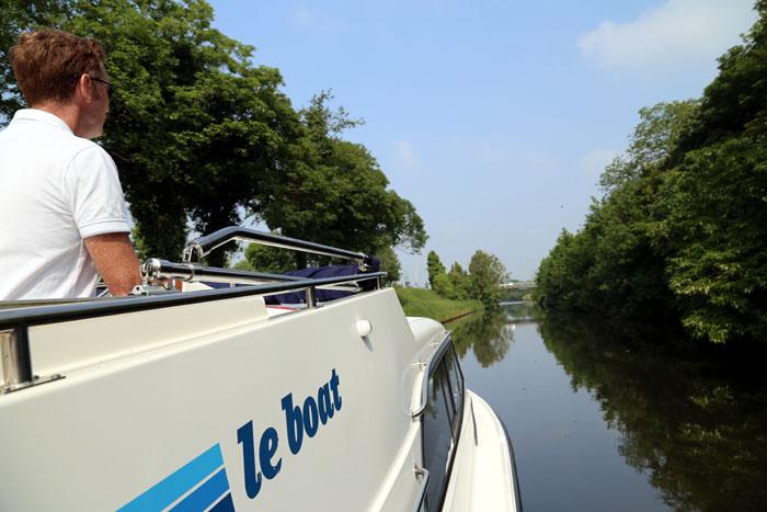 Hausboot Leboat Flandern Belgien Naturpur