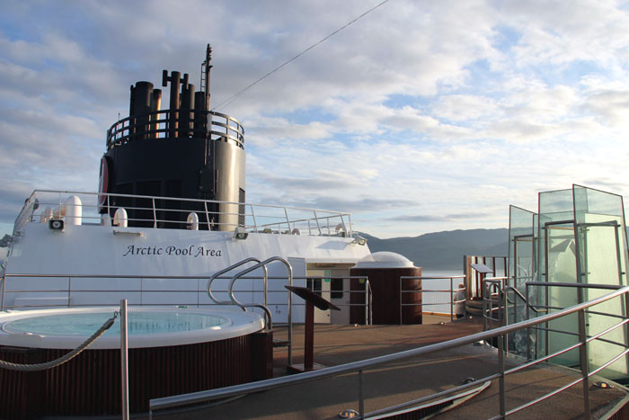hurtigruten-artic-pool
