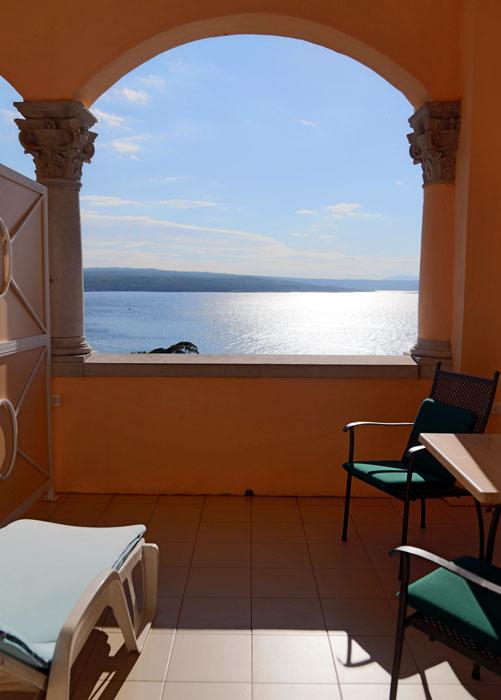 kvarnerpalace-ausblick-vom-balkon