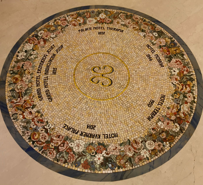 kvarnerpalace-historie-im-mosaikboden