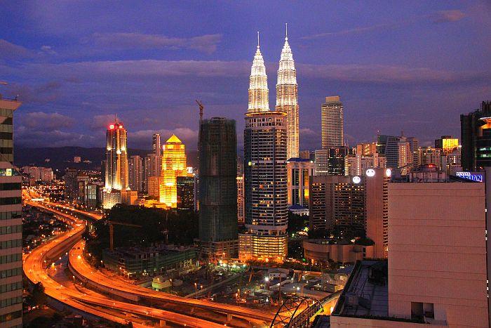 Kuala Lumpur Ausblick Skybar TUI Mein Schiff Kreuzfahrt