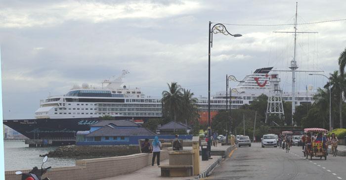 Penang-Mein Schiff im Hafen