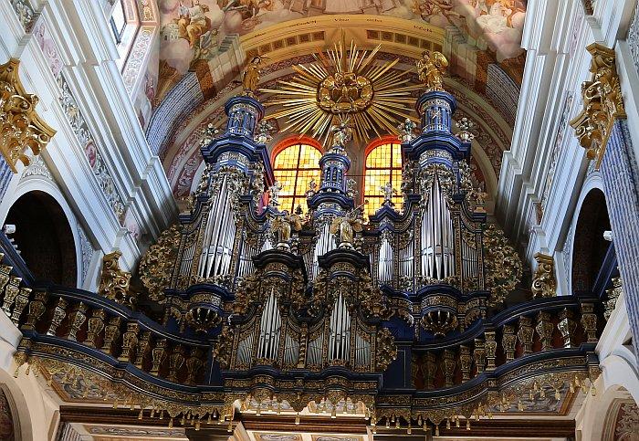 Masuren Masurische Seenplatte Heiligelinde Wallfahrtskirche Orgel