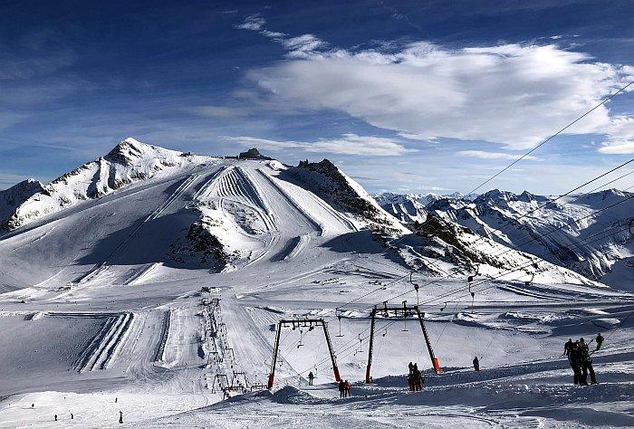 Hintertux Breite Pisten auf dem Gletscher