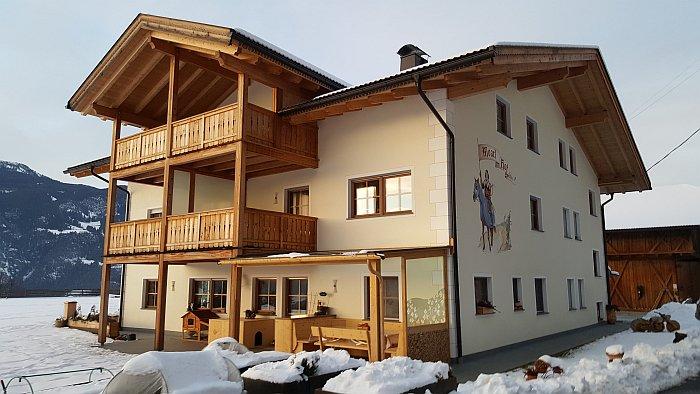 Moarlhof Südtirol Roter Hahn Bauernhof