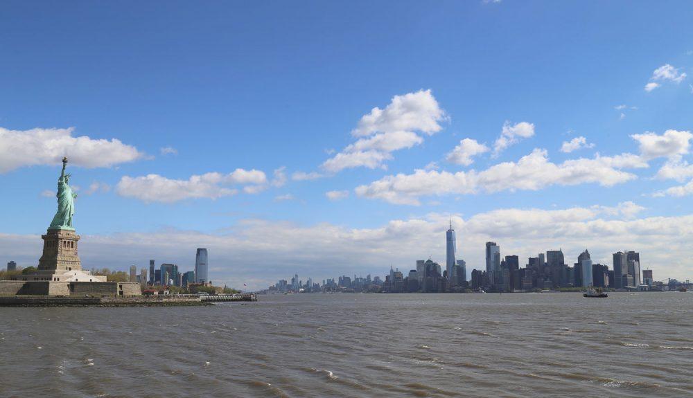 03-New York-Skyline mit Freiheitsstatue03-New York-Skyline mit Freiheitsstatue
