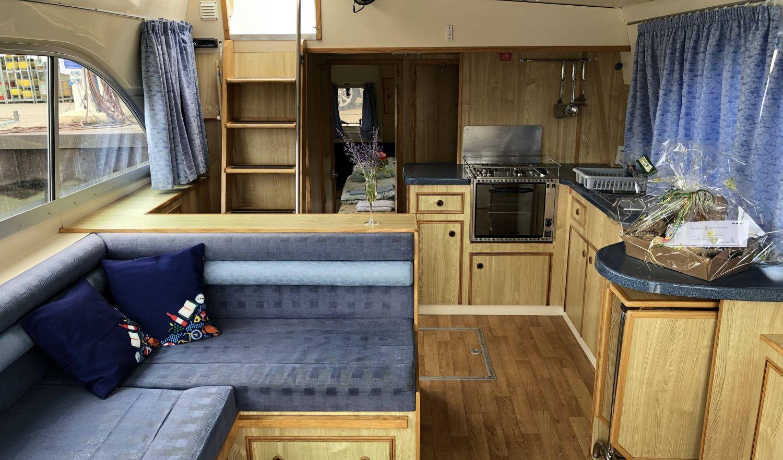 Le Boat Hausboot Tango Salon Küche