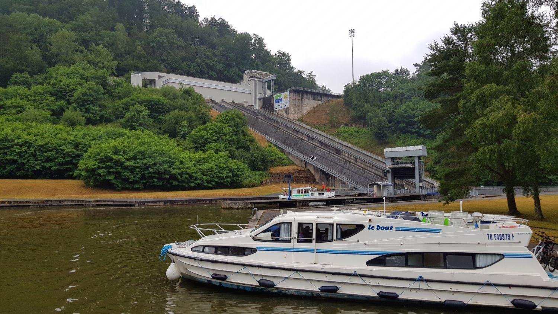 Le Boat Hausboot Elsass Schiffshebewerk Arzviller