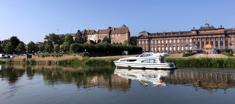 Hausboot Elsass Leboat Schloss Rohan in Saverne