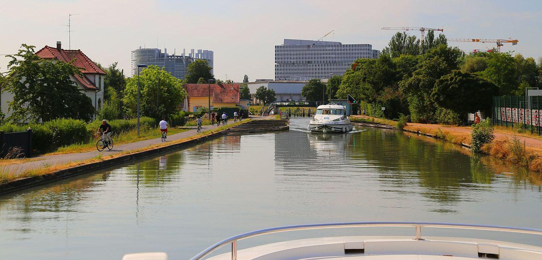 Hausboot Elsass Le Boat Straßburg