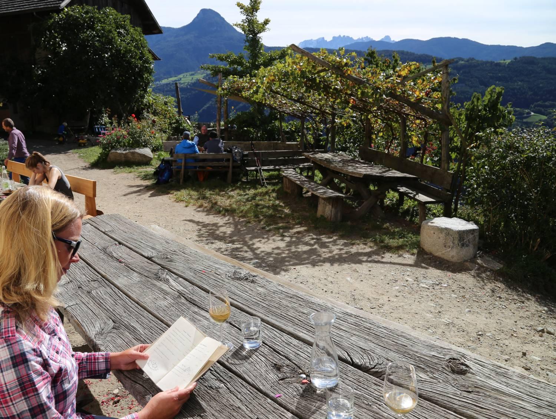 Rielingerhof Roter Hahn Südtirol Ritten Buschenschank