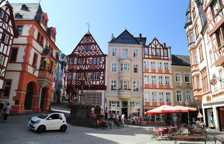 Bernkastel-Kues Mosel Wein Marktplatz