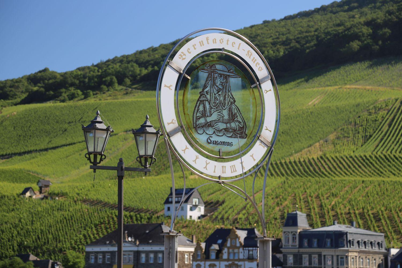 Cusanus ist der berühmteste Sohn der Stadt Bernkastel-Kues an der Mosel
