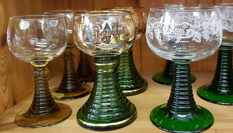 Ein Moselklassiker - Der Römer ist das typische Weinglas der Mosel